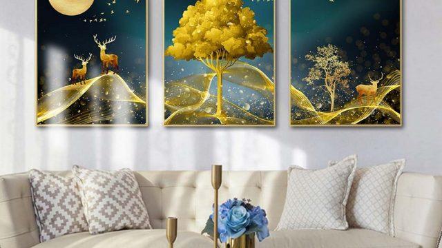 วอเปอร์เปอร์ผนัง ภาพมงคลแต่งบ้าน กวางเรนเดียร์ชมจันทร์ กับ ต้นไม้สีทอง ติดผนังห้องนั่งเล่น