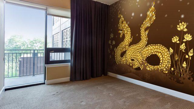 วอลเปเปอร์ห้องพระราคาถูก ลายพญานาคสีทอง พื้นหลังสีน้ำตาล